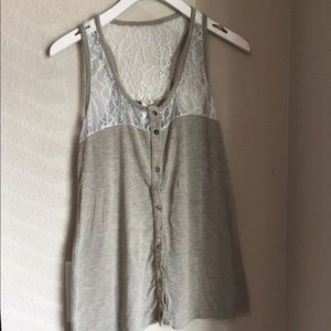 Ginger G lace neutral tank top!